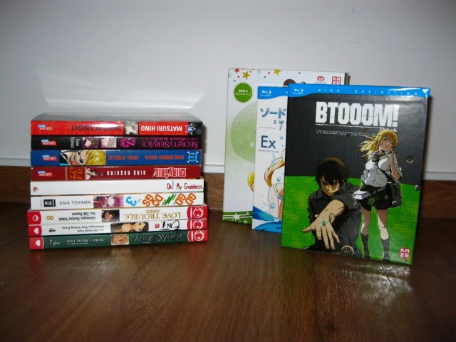 Anime Manga Loot Sailor Moon SAO Sword Art Online Btooom!